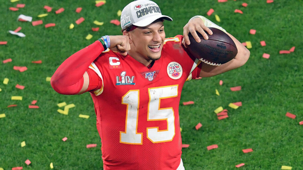 mahomes detailed contract